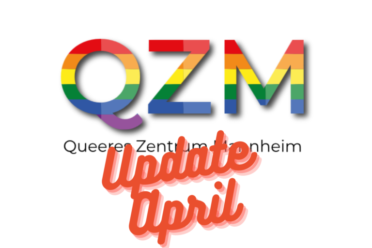 Das QZM Logo in Regenbogenfarben groß im Hintergrund. Davor in orange und geschwungener schrift: Update April